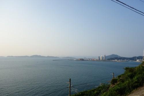海沿いの道