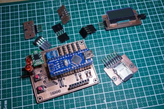 レーザー加工機を使ってプリント基板を作る